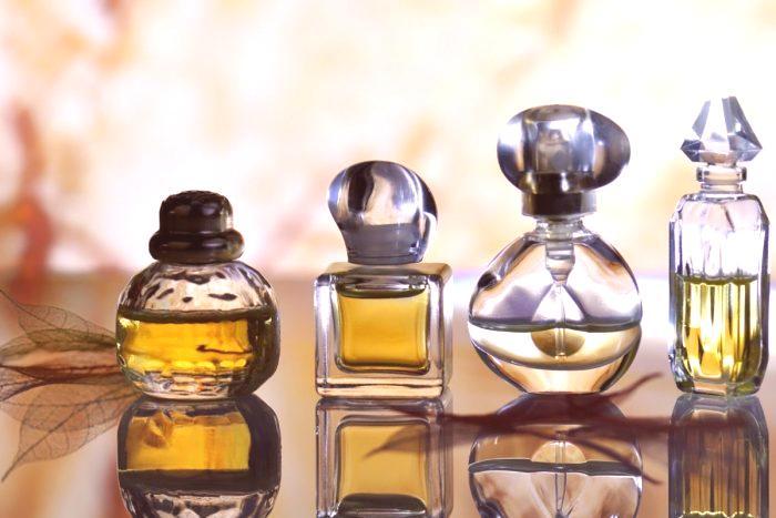 68d54399dd Najobľúbenejší parfum v roku 2019 pre ženy  hodnotenie