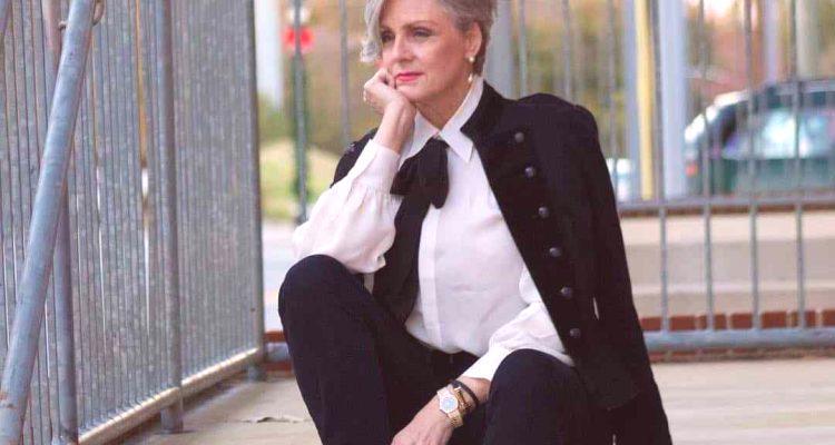 02eab10a19e En 2018, las tendencias de moda de la temporada otoño-invierno para mujeres  mayores de 50 años son muy diversas, lo que permite que incluso a esta edad  se ...