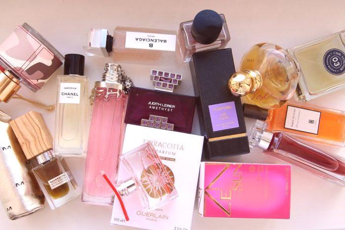 1dcfac44e8 Vrcholom každej dievčatá je dobre zvolená vôňa. Zaujímavé   Aké módne  parfumy v roku 2019  ...