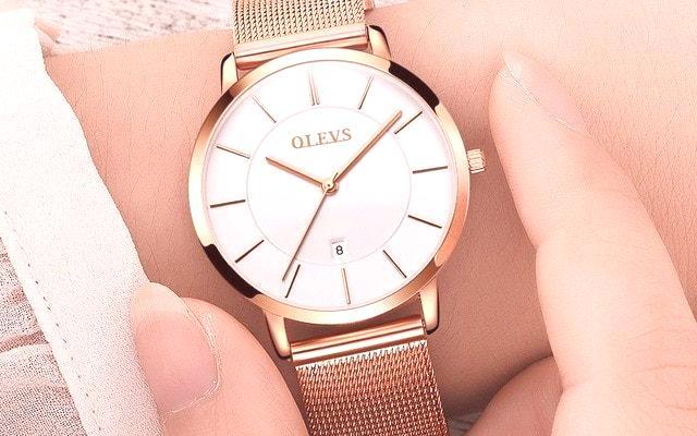 99c0fa6eb Dámské hodinky jsou módní doplňky, které v roce 2019 pomohou vytvořit  krásný obraz. Tento dekorativní prvek může nejen zdůraznit vaši  individualitu, ...