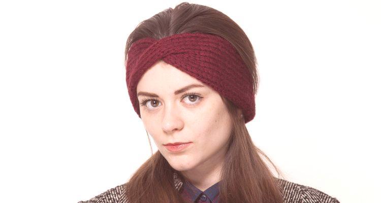 14863c31961 Сред модните тенденции на предстоящата пролет, специално място заемат  плетени ленти за глава. Въоръжени с игли за плетене и диаграми с описание,  ...